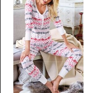 Victorias Secret 2pc Thermal Pajama set Medium